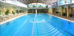 Бассейн в фитнес центре Samal Deluxe цена от 5000 тг на Самал 2-й микрорайон, 16   (Пр. Аль Фараби уг. пр. Достык, напротив Ритц-Палас)