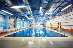 Бассейн в спортивно-оздоровительном клубе Leader Sport цена от 2800 тг на Бузурбаева, 33