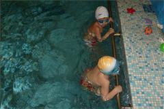 Бассейн в спорткомплексе Медина цена от 2500 тг на Яссауи (Достык), 1Б