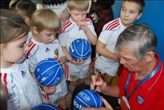 Баскетбол в академии Жармухамедова цена от 12000 тг на Академия спорта и туризма пр. Абая 85/83